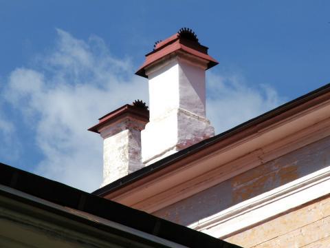 Крыши большого дома в Абрамцево