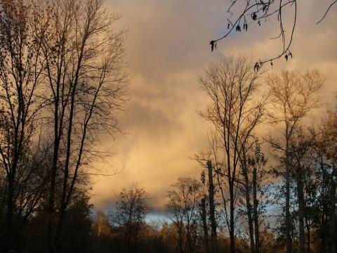 Просвет на краю неба